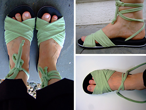summer fabric sandals (via annekata)