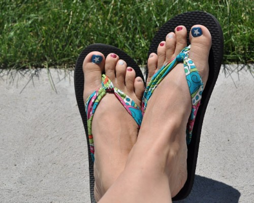fabric flip flops (via sassysanctuary)