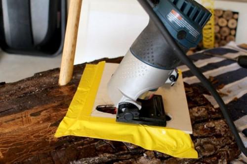 Bring Outdoors Inside: Rustic DIY Lumberjack Table