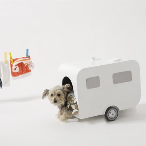 Luxury Ceramic Caravan Dog House