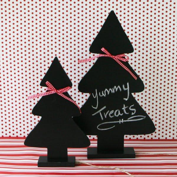 Chalkboard Christmas Tree   Shelterness
