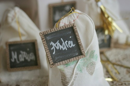 chalkboard tags for presents (via shrimpsaladcircus)