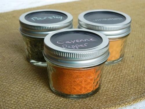 chalkboard spice jar tops (via tattooedmartha)