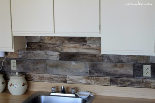 Cheap diy rustic kitchen backsplash shelterness for Cheap diy kitchen backsplash ideas