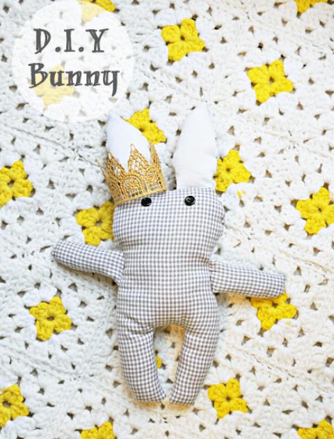 stuffed bunny (via shelterness)