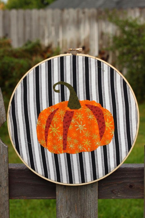 Cheerful DIY Autumn Applique Artworks