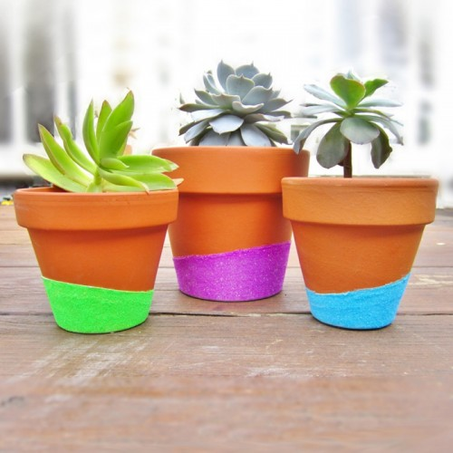 neon glitter dipped planters (via 365designs)