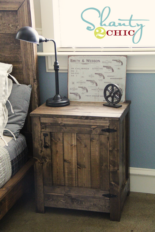 9 chic and easy diy industrial nightstands shelterness for Simple nightstand designs