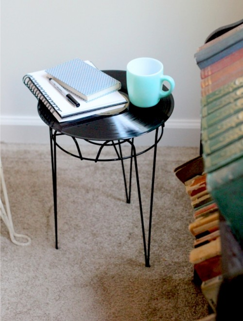 upcycled vinyl nightstand (via theflourishingabode)