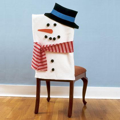 15 Christmas Chair Decorating Ideas