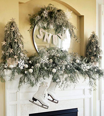 Vintage ice skates is a quite creative alternative to traditional socks. They looks great hanging above the fireplace.