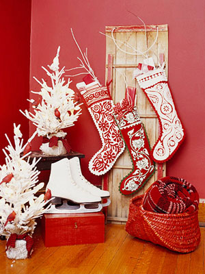 If you or your grandma has got a few old holiday tablecloths you can turn them into cool stockings.