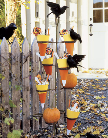 10 Classic Halloween Decorating Ideas Shelterness - October Decorations