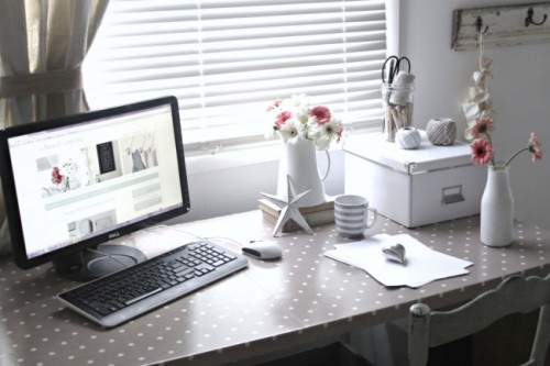 DIY Oilcloth Covered Desk