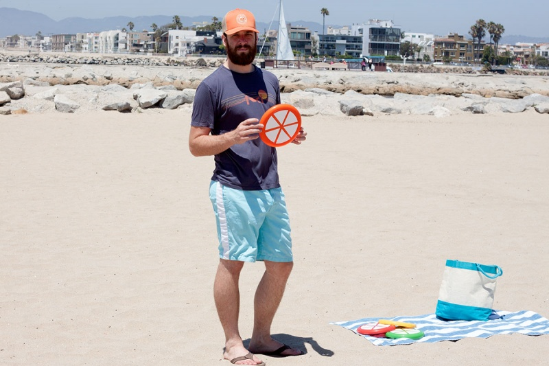Picture Of colorful and ceerful diy citrus slice frisbees  4