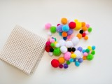 colorful-and-easy-diy-pompom-rug-2