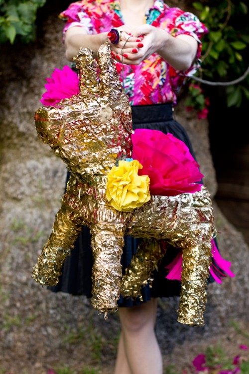gilded pinata (via studiodiy)