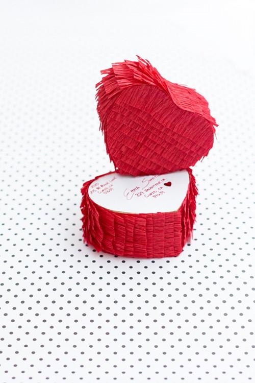 heart pinata (via studiodiy)