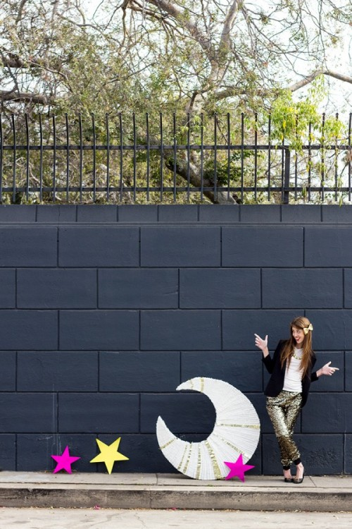 giant moon pinata (via studiodiy)