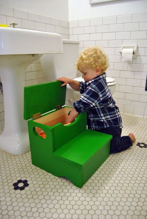 11 colorful and fun diy stools for kids shelterness Bathroom step stool for kids