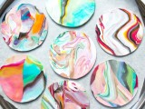 colorful-and-golssy-diy-marble-coasters-10
