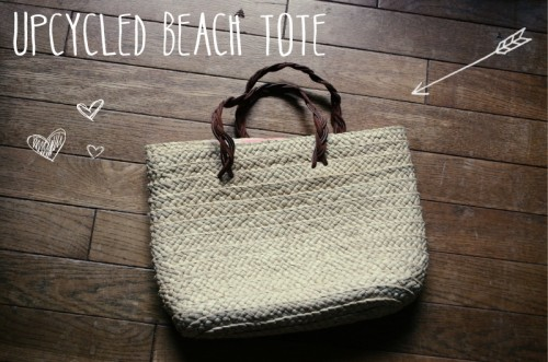 upcycled beach straw bag (via letsgosunning)