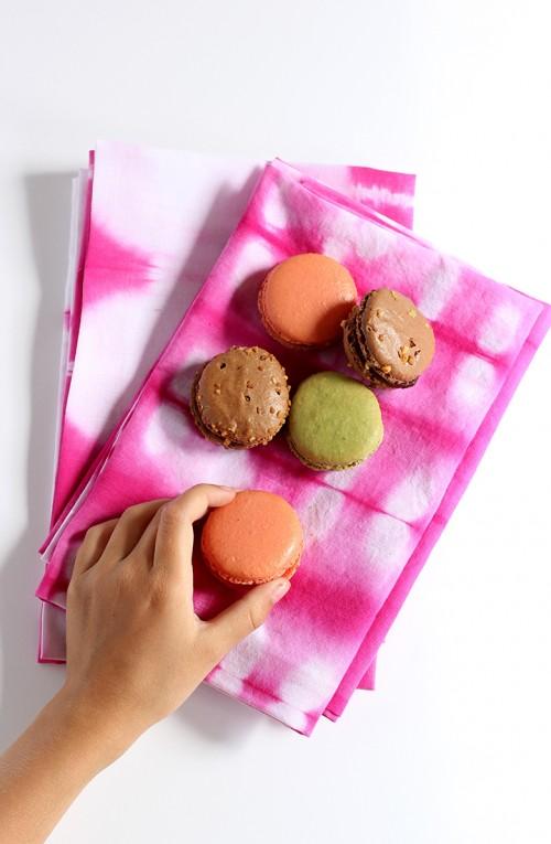pink shibori cloth napkins (via aliceandlois)