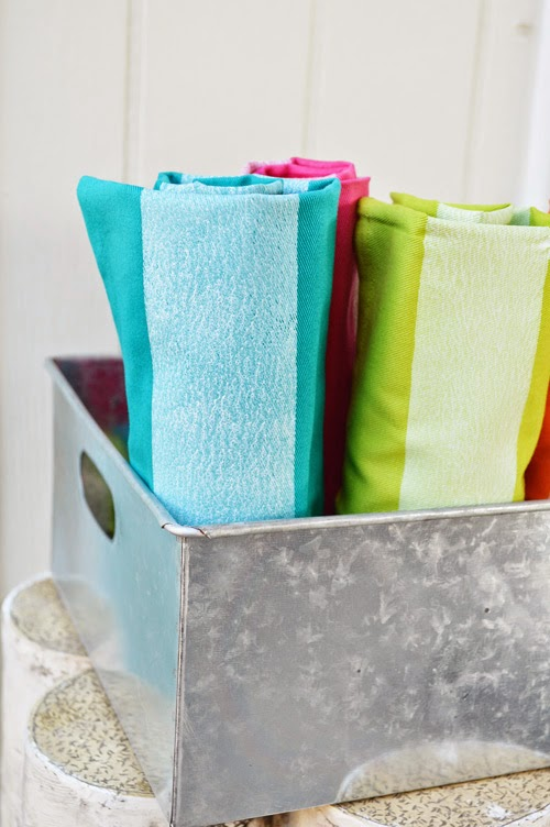 simple striped napkins