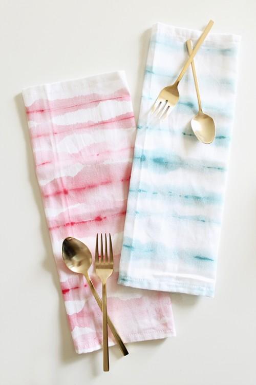 watercolor stripe napkins (via almostmakesperfect)