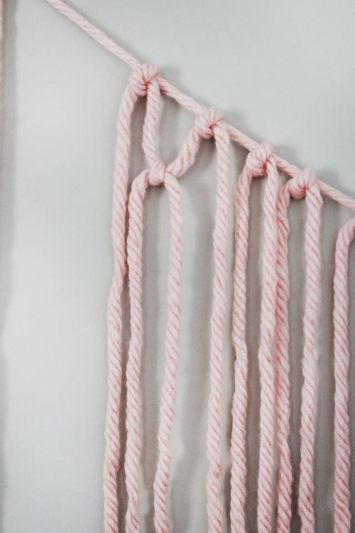 Colorful DIY Macrame Yarn Garland For Party Decor