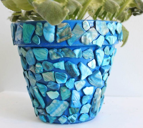 19 Colorful DIY Mosaic Crafts For Home Décor