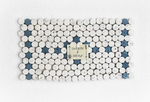 wine cork mosaic (via shelterness)