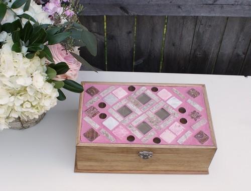 mosaic jewelry box (via bohemianmint)
