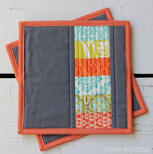 quilted potholder (via simplynotable)