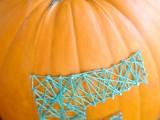 colorful-diy-string-art-pumpkin-4
