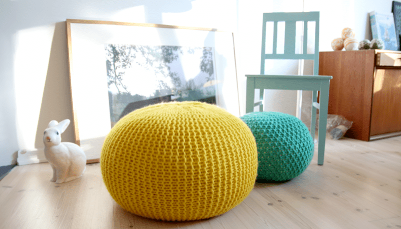 DIY knitted pouf