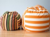 This bean bag chair is perfect for kids room. Lots of things could be done with it. (via soyouthinkyourecrafty)