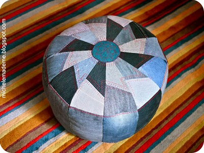 We all know how practical denim is so why not to make an ottoman from it... (via michelemademe)