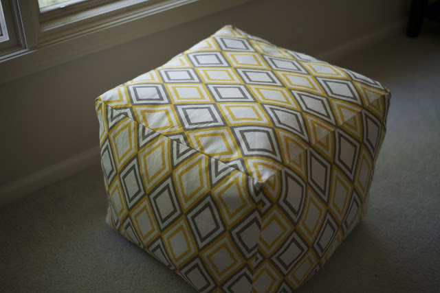 Pouf with geometric pattern