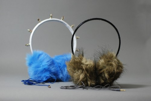 fur headphones (via shelterness)