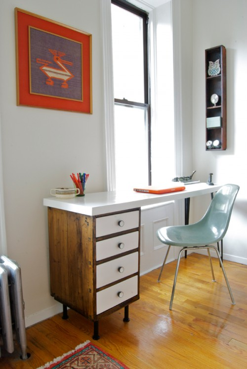Before & After – DIY Contemporary Desk From A Vintage Nightstand