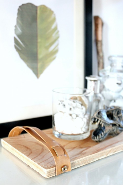 Convenient DIY Wood Tray With Leather Handles