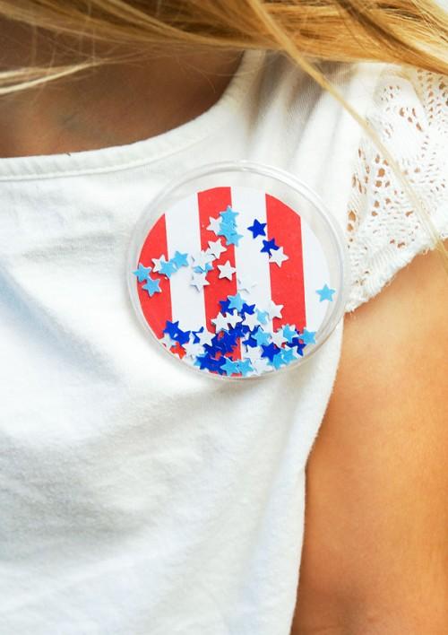 patriotic confetti buttons (via confettisunshineblog)