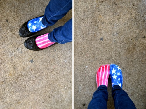 patriotic socks (via abigailandgreg)