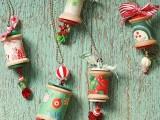 Christmas spool necklace