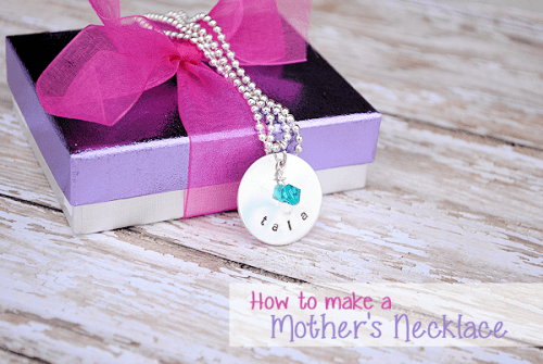 mother's day necklace (via crazylittleprojects)