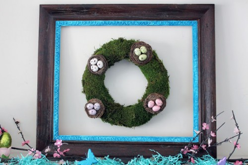 Easter mantel wreath with moss (via worthpinning)