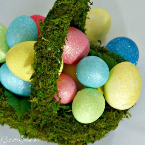 moss baskets (via 3littlegreenwoods)