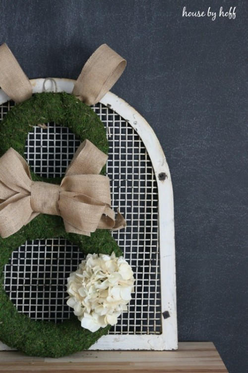 burlap and moss bunny wreath (via housebyhoff)