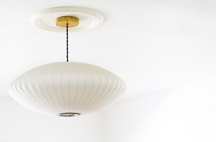 7 Cool And Easy DIY Ceiling Medallions